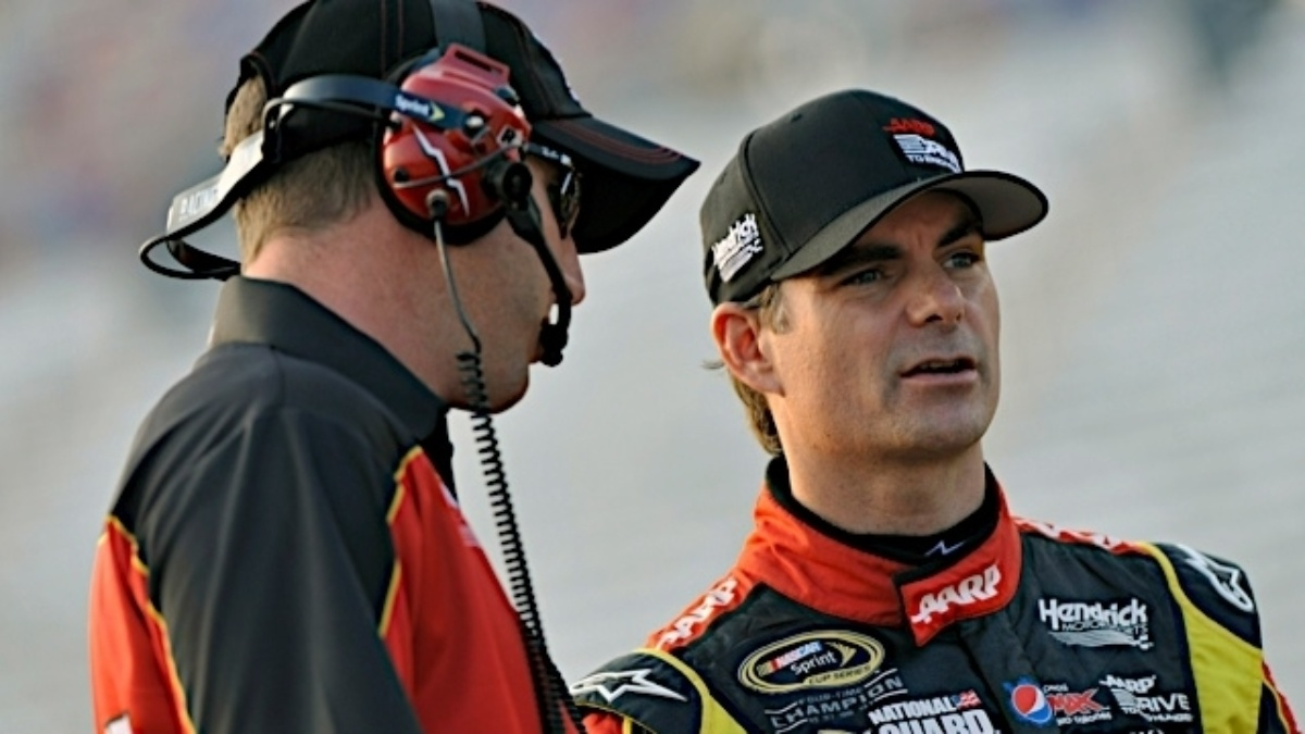 Gordon, Earnhardt earn top-10s in Atlanta